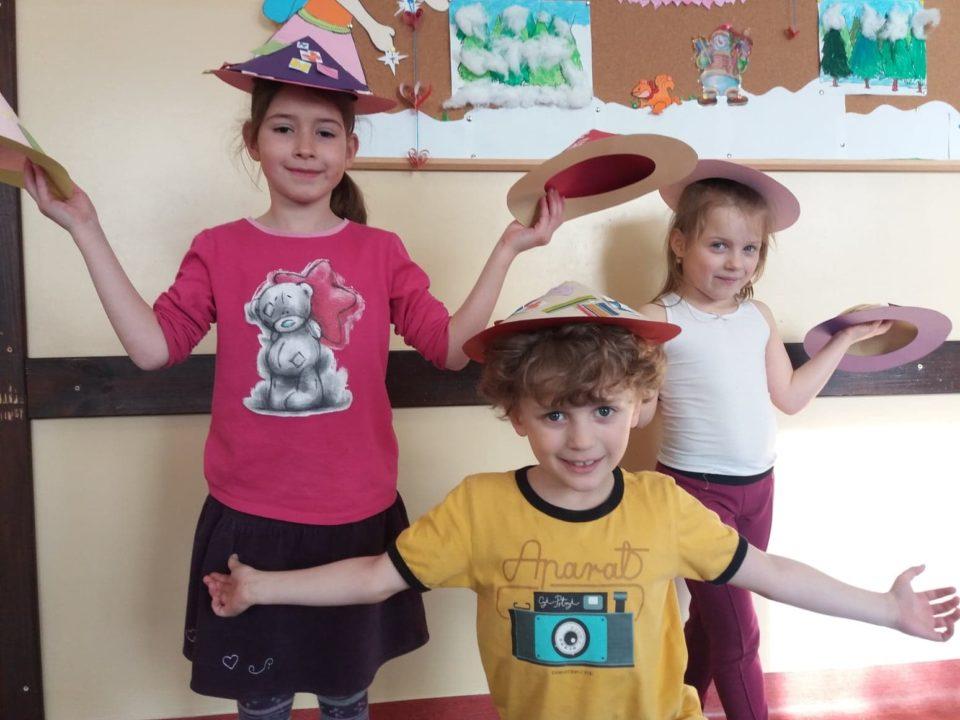 Karnawałowe kapelusze